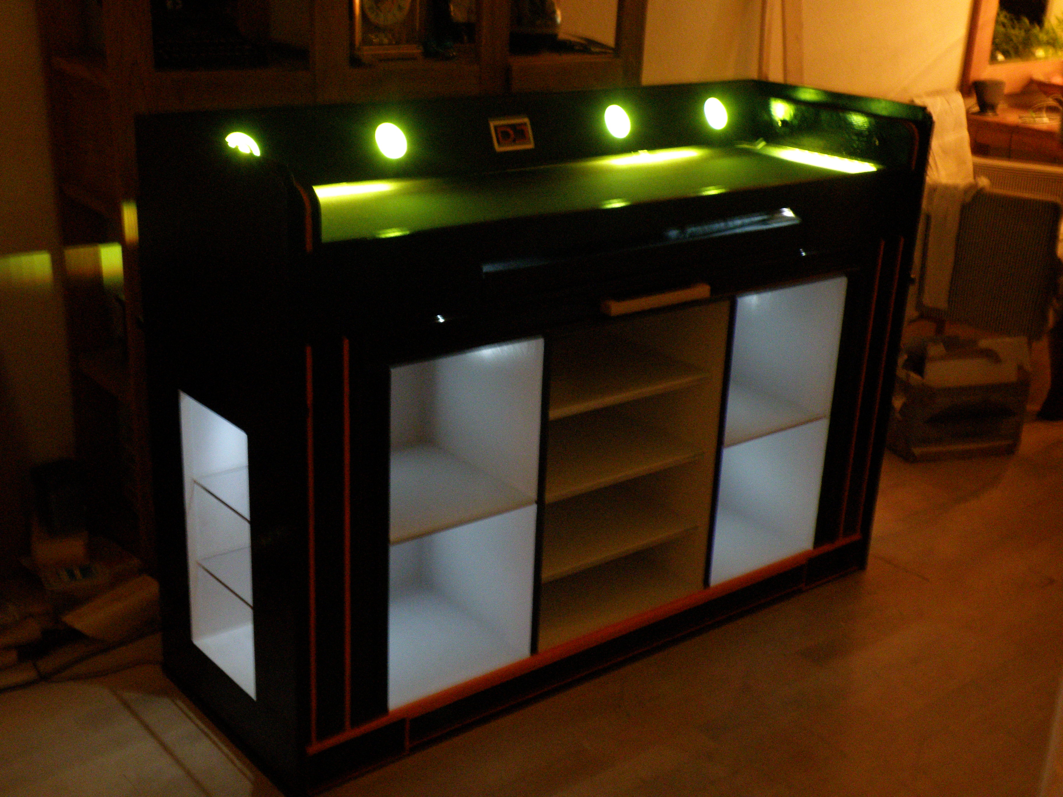DJ Booth – TAG woodstore
