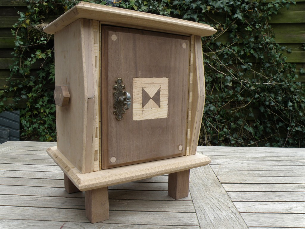 Small jewelry chest